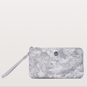 lululemon double up pouch